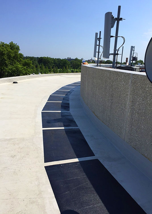 Liquid-PMMA-Roofing-System-Service